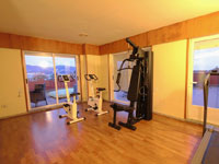 Hotel with free gym and sauna