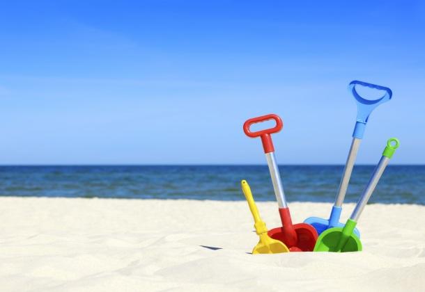 Oferta niños gratis hotel cerca de la playa con piscina.